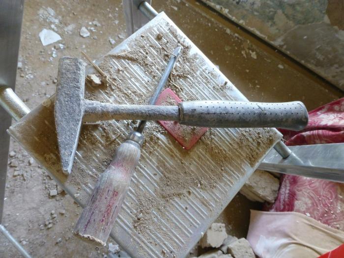 hammer-586531_1920